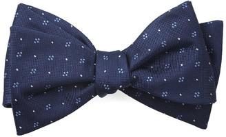 Tie Bar Geo Key Navy Bow Tie