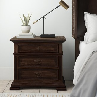 Hooker Furniture Hill Country Elmendorf 3 Drawer Bachelor's Chest