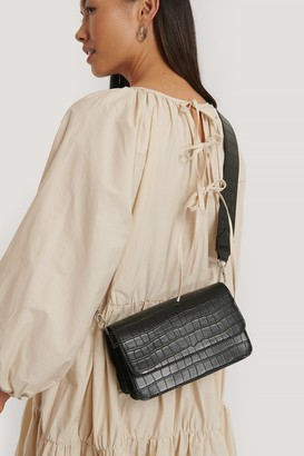 NA-KD Wide Strap Slim Crossbody Bag