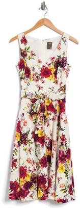 Taylor Printed V-Neck Linen Dress