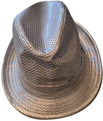 Non Signã© / Unsigned Silver Wicker Hats
