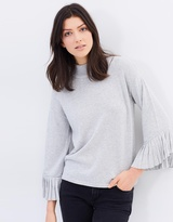 Mng Swan Sweater