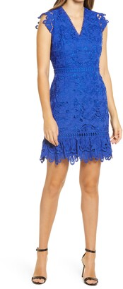 Adelyn Rae Giselda V-Neck Lace Minidress