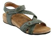 Taos Women's 'Trulie' Wedge Sandal