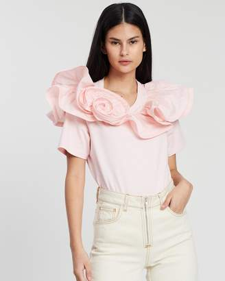 Marc Jacobs SS Top with Ruffles and Rosette