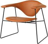 Houseology Gubi Masculo Lounge Chair - Savanne 302