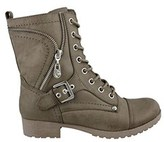 GUESS Women's Brylee Leather Combat Style Fashion Boots, Black, Size 9.5.