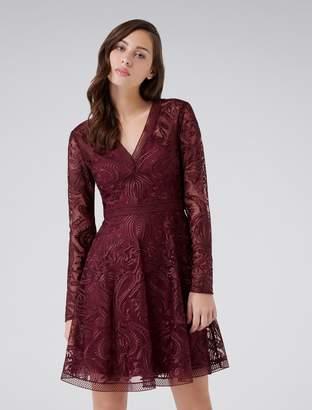 Ever New Frida Long-Sleeved V-Neck Soft Prom Dress
