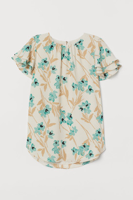 H&M Flutter-sleeved chiffon blouse