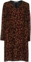 Caractere Short dresses - Item 34732592