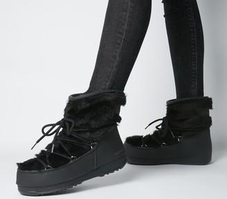 Moon Boot Monaco Low Fur Boots Black