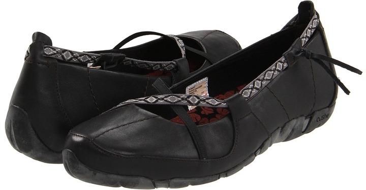 Cushe Kukui Leather (Black) - Footwear