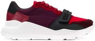 Burberry Regis sneakers