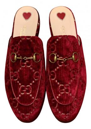 Gucci Princetown Burgundy Velvet Flats