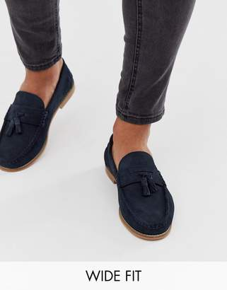 Asos Design DESIGN Wide Fit tassel loafers in navy suede with natural sole