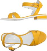 Mellow Yellow Sandals