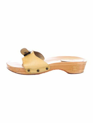 Chanel Wood Slide Sandals Interlocking CC Logo Slides Metallic