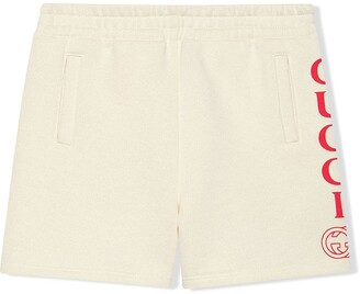 Gucci Kids Children's bermuda short with Gucci logo