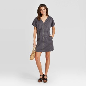 Universal Thread Women's Short Sleeve V-Neck Zip-Up Elastic Waist Dress - Universal ThreadTM