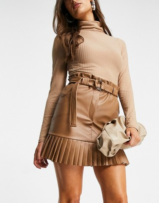 I SAW IT FIRST PU pleated mini skirt in camel