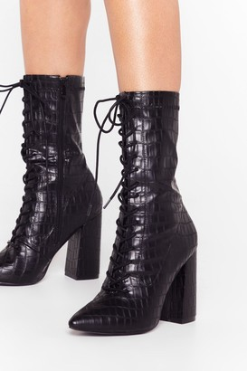 Nasty Gal Womens Croc Block Heel Lace Up Boots in Faux Leather - Black