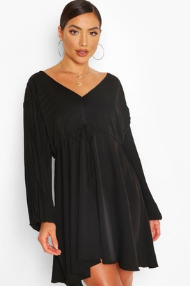 boohoo Batwing Pleated Plunge Skater Dress
