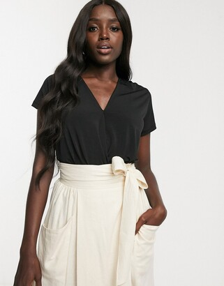 Pimkie short sleeve lace detail body in black