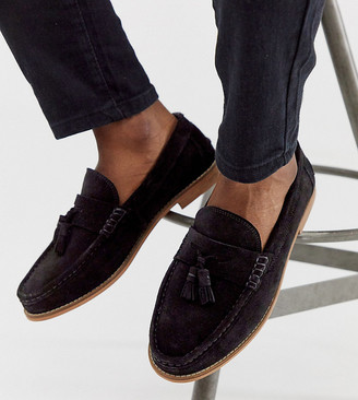 ASOS DESIGN Wide Fit tassel loafers in black suede with natural sole