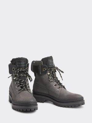 Tommy Hilfiger Outdoor Style Lace-Up Suede Boots