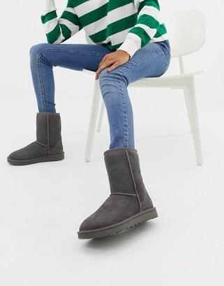 UGG Classic Short II Gray Boots