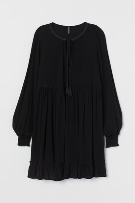 H&M Tie-detail Dress