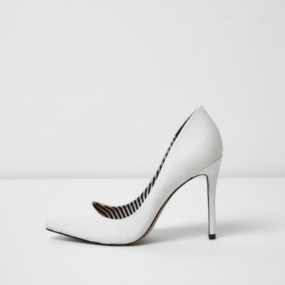 River Island Womens White wide fit court shoes