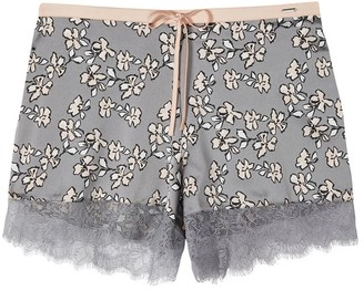 Pretty You London Mix & Match Floral Shorts In Dove Grey Shorts Only