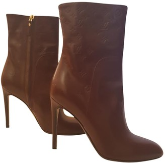 Louis Vuitton Burgundy Leather Ankle boots