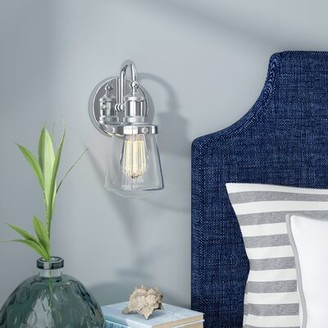 Beachcrest Home Mulvaney 1-Light Armed Sconce