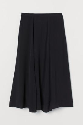 H&M MAMA Bell-shaped skirt