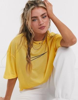 Nike mesh t-shirt in yellow