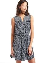 Gap Mix print sleeveless shirtdress