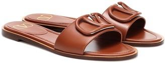 Valentino Garavani VLOGO leather slides