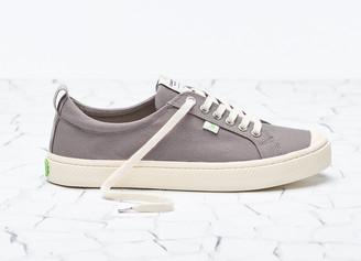Cariuma OCA Low Mystic Grey Canvas Sneaker Men