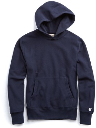 Todd Snyder + Champion Heavyweight Popover Hoodie Sweatshirt in Navy