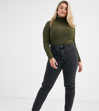 Vero Moda Curve mom jeans with high waist in washed black