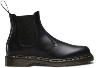 Dr. Martens 2976 Leather Chunky Chelsea Ankle Boots