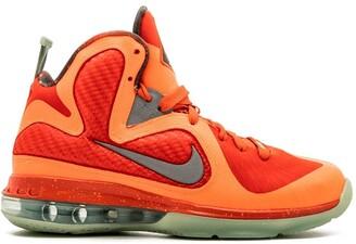 Nike Kids Lebron 9 sneakers