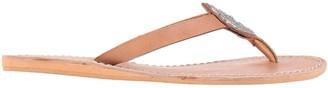 LAIDBACK LONDON Toe strap sandals
