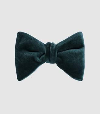 Reiss Hike - Velvet Bow Tie in Teal