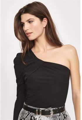 Dynamite One-Shoulder Blouse Winetasting Burgundy