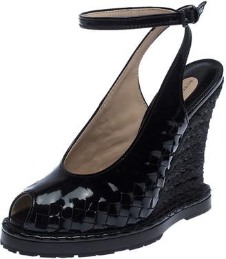 Bottega Veneta Black Patent Leather And Jute Intrecciato Wedge Sandals Size 38