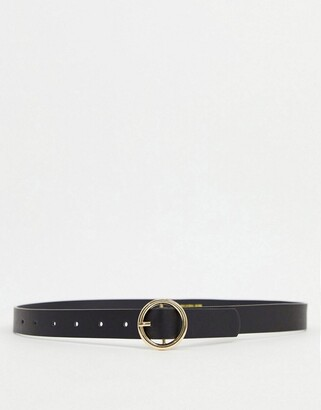 Pieces belt with gold circle buckle in black