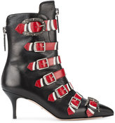 Gucci buckle ankle boots - women - Leather/metal - 35